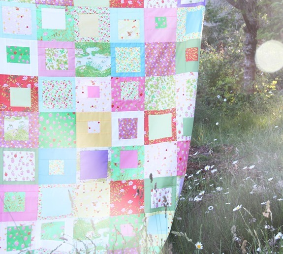 Briar Rose Quilt Top (2)_thumb (1)