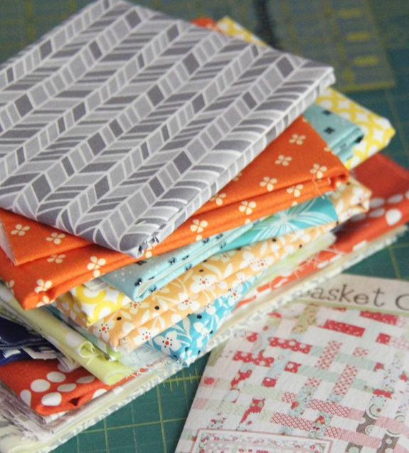 Basket Case Start, Cluck Cluck Sew_thumb[1]