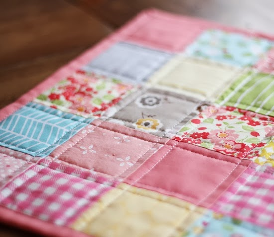 Binding a quilt with the quilt back | Cluck Cluck Sew : quilt as you go baby quilt - Adamdwight.com