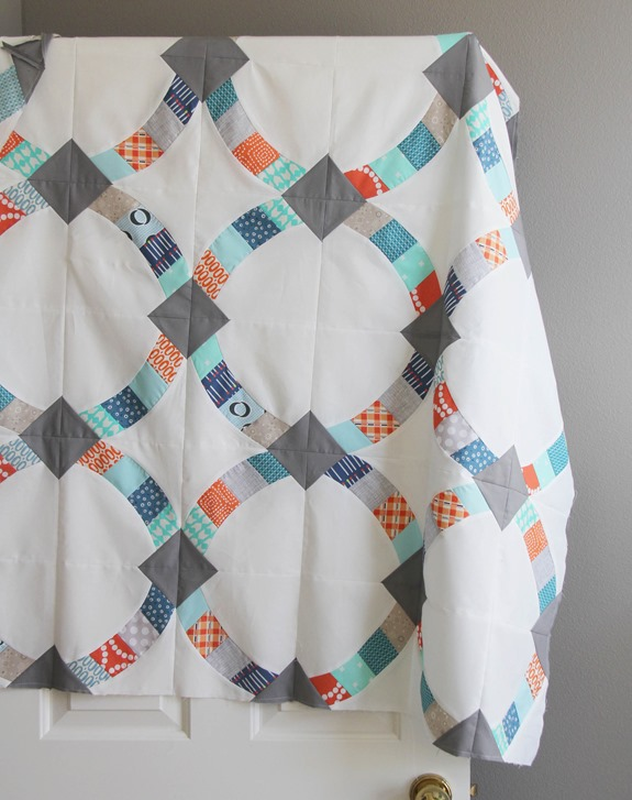 Metro Hoops Quilt Top_thumb[1]