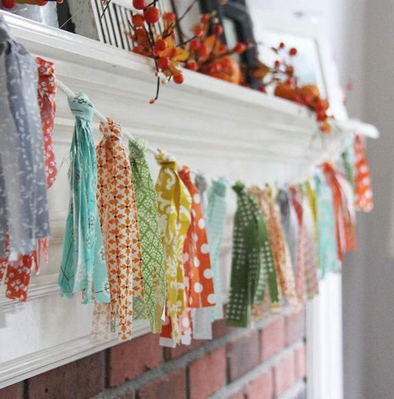 Scrappy Fabric Garland, Cluck Cluck Sew_thumb[2]