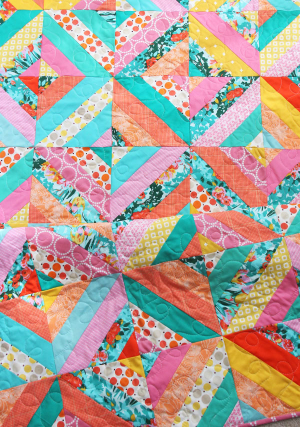Diagonal Strip Quilt in 5 sizes, Free Tutorial