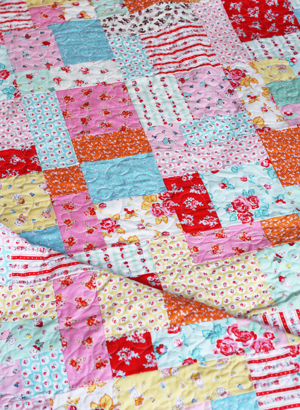 Milk, Sugar, and Flower Quilt