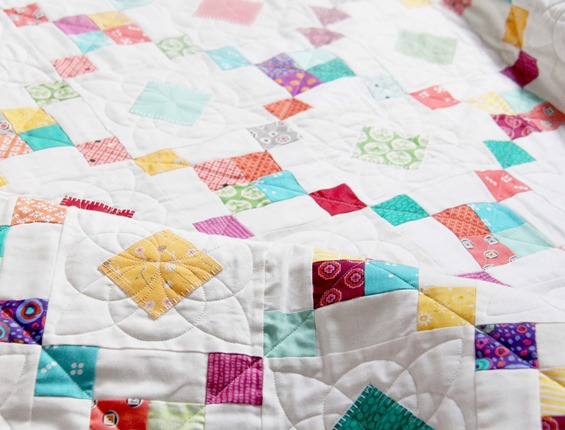 Quilting on Bangles Quilt_thumb[1]