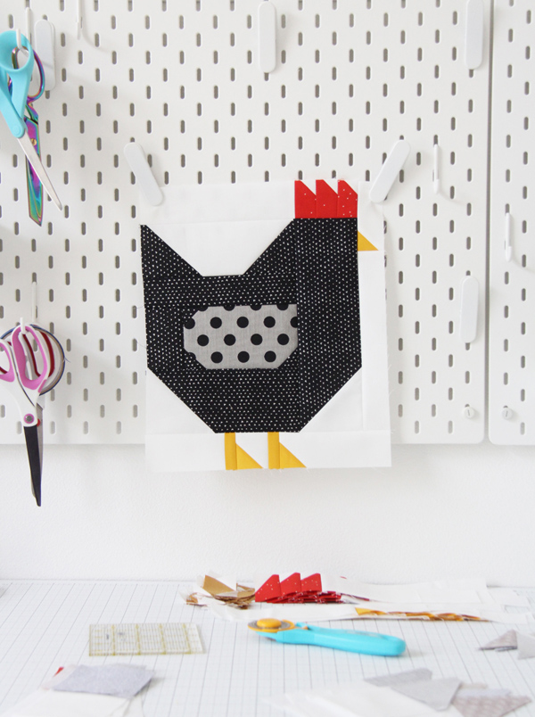 Chickens Quilt Pattern, a Fat Quarter quilt in 3 sizes