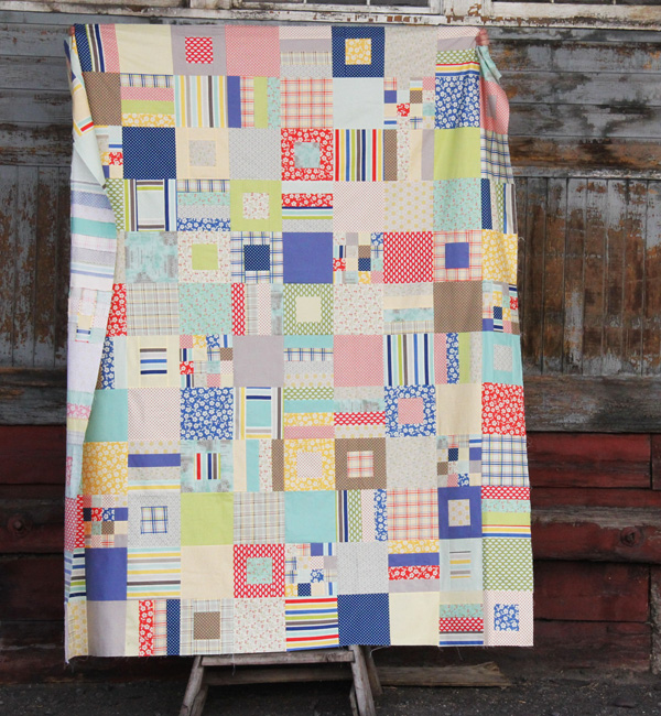 Free Strips and Squares Quilt, a super simple Fat Quarter or 1/4 yard quilt in 4 sizes