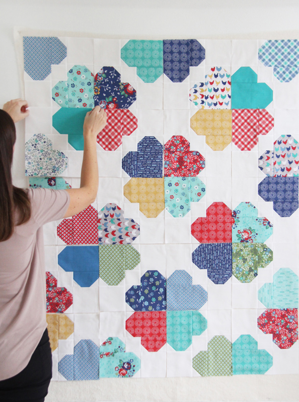Clover quilt pattern, 10 inch square or layer cake friendly