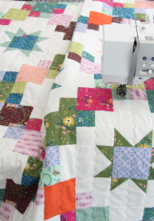 Brightly quilt pattern in Bungalow fabrics